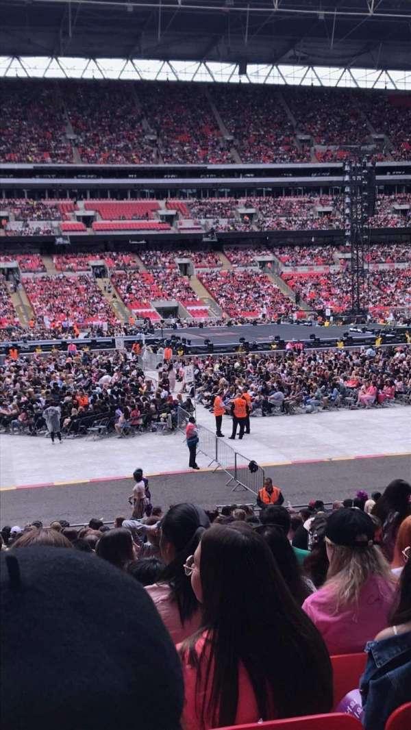 Wembley Stadium, sección: 124, fila: 25, asiento: 52