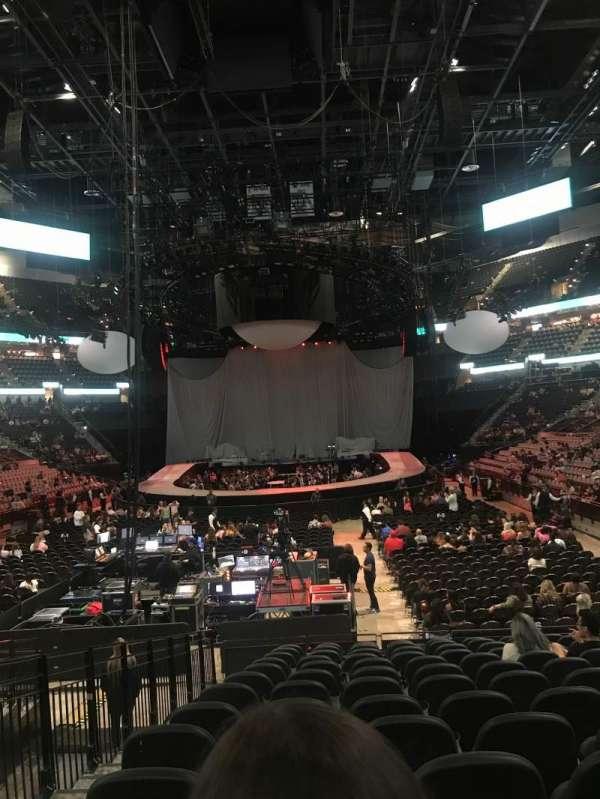 AT&T center, sección: 128, fila: 18, asiento: 13