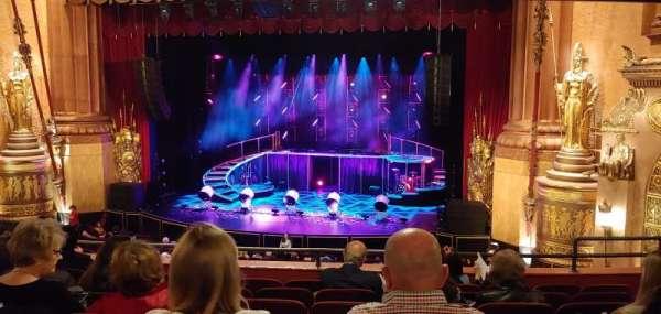 Beacon Theatre, sección: Loge 2, fila: G, asiento: 18