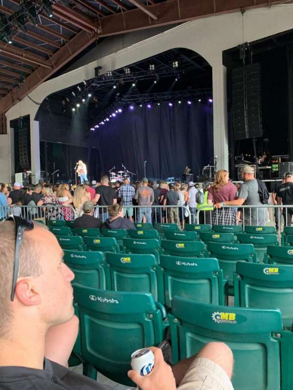 Bank of New Hampshire Pavilion, sección: 1C, fila: 15, asiento: 14