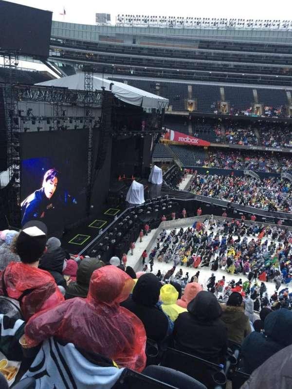 Soldier Field, sección: 342, fila: 9, asiento: 13