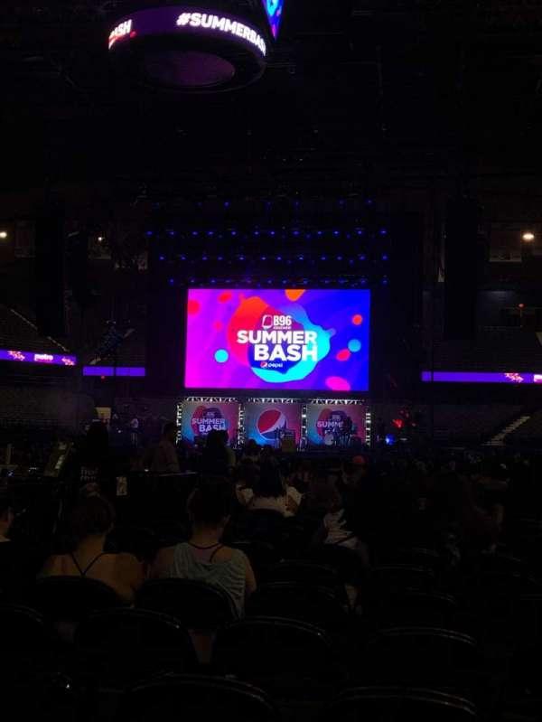 Allstate Arena, sección: 114, fila: AA, asiento: 7