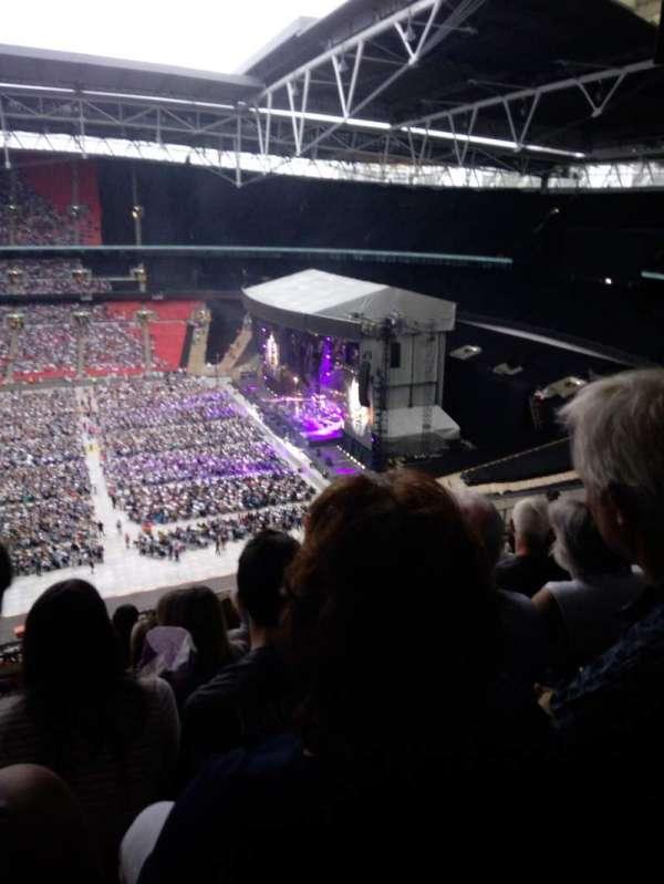 Wembley Stadium, sección: K, fila: 11, asiento: 330