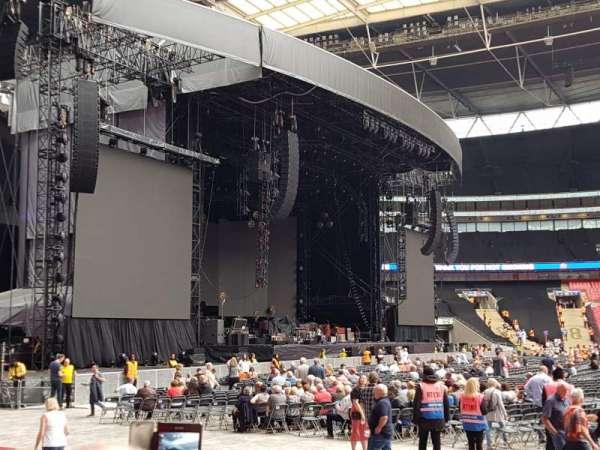 Wembley Stadium, sección: 125, fila: 8, asiento: 74