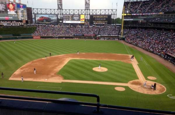 Guaranteed Rate Field, sección: 336, fila: 3, asiento: 13