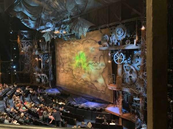 Gershwin Theatre, sección: FMEZZ, fila: AA, asiento: 2