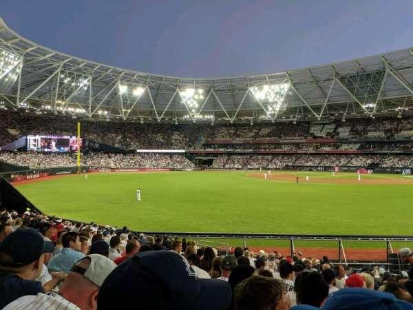 London Stadium, sección: 140, fila: 25, asiento: 169