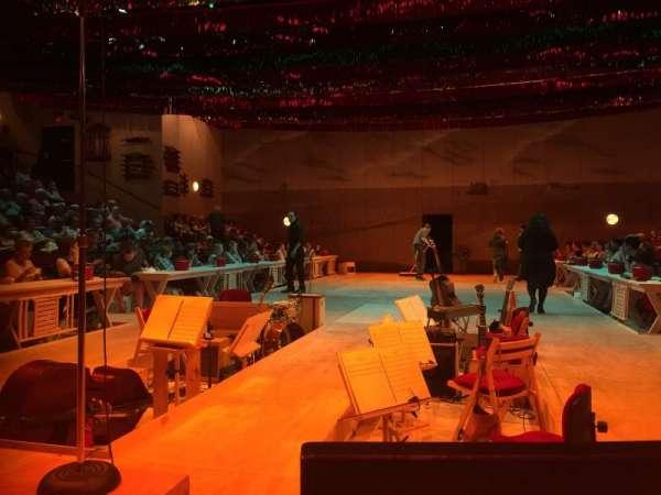 Circle in the Square Theatre, sección: Orchestra 100 (Even), fila: B, asiento: 102