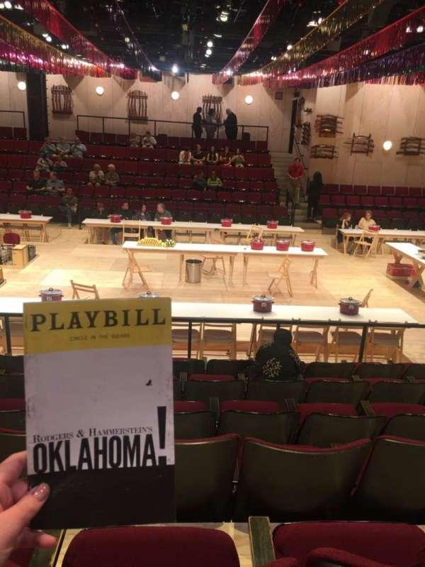 Circle in the Square Theatre, sección: Orchestra 200 (Even), fila: G, asiento: 236