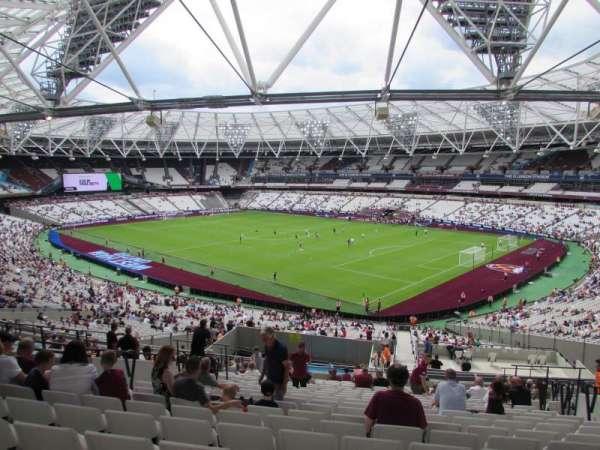 London Stadium, sección: 243, fila: 50, asiento: 277