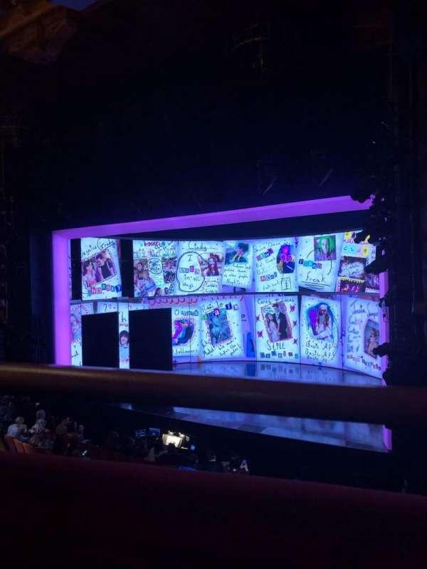 August Wilson Theatre, sección: Mezzanine R, fila: A, asiento: 18