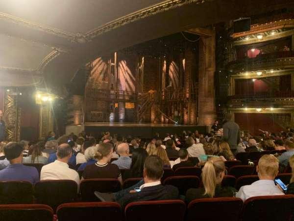 CIBC Theatre, sección: Orchestra L, fila: T, asiento: 15