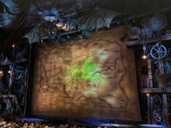 Gershwin Theatre, sección: Orchestra R, fila: J, asiento: 10