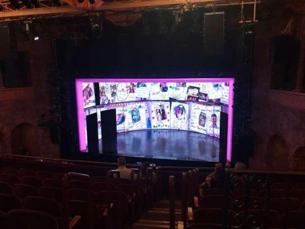 August Wilson Theatre, sección: Mezzanine R, fila: H, asiento: 2