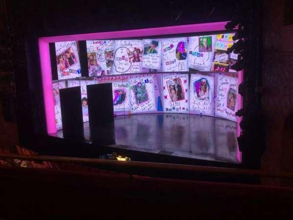 August Wilson Theatre, sección: Mezzanine R, fila: C, asiento: 20