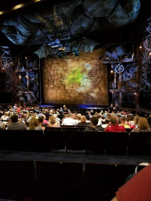 Gershwin Theatre, sección: Orchestra R, fila: S, asiento: 22