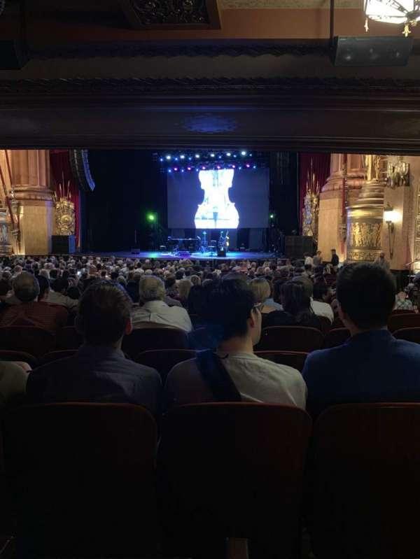 Beacon Theatre, sección: Orchestra 2, fila: X, asiento: 26