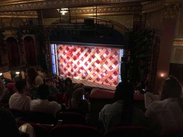 Brooks Atkinson Theatre, sección: Rear Mezzanine R, fila: K, asiento: 12
