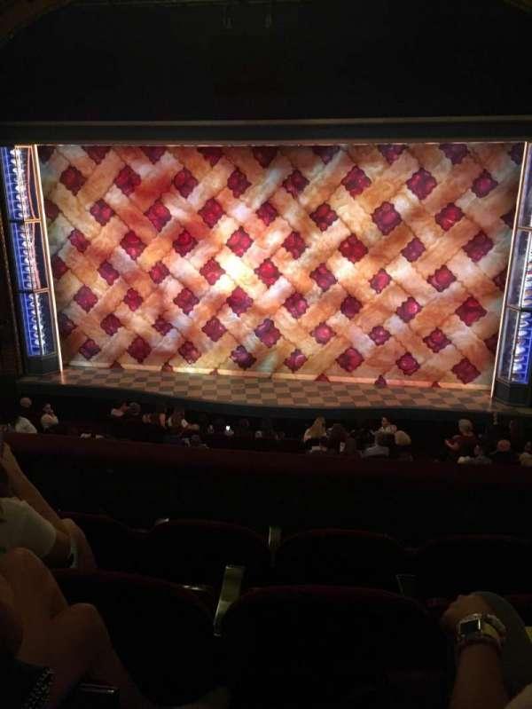 Brooks Atkinson Theatre, sección: Front Mezzanine C, fila: D, asiento: 112
