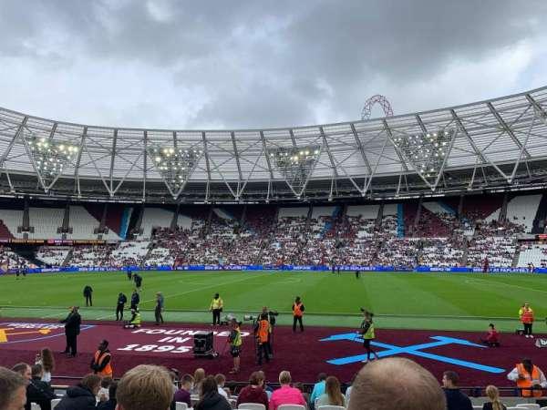 London Stadium, sección: 110, fila: 12, asiento: 279