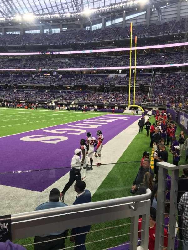 U.S. Bank Stadium, sección: 103, fila: 2, asiento: 3