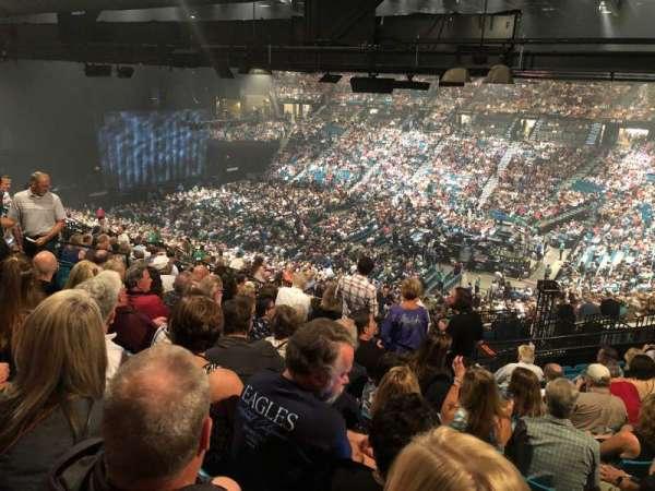 MGM Grand Garden Arena, sección: 209, fila: L, asiento: 3