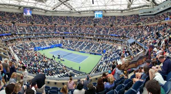 Arthur Ashe Stadium, sección: 132, fila: G, asiento: 8