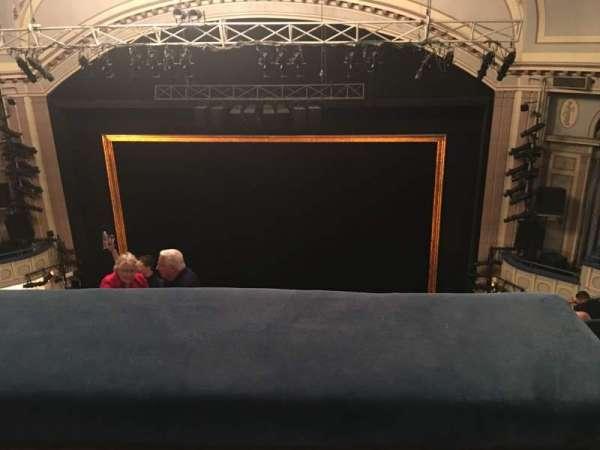 Ambassador Theatre, sección: Rear Mezzanine RC, fila: C, asiento: 123