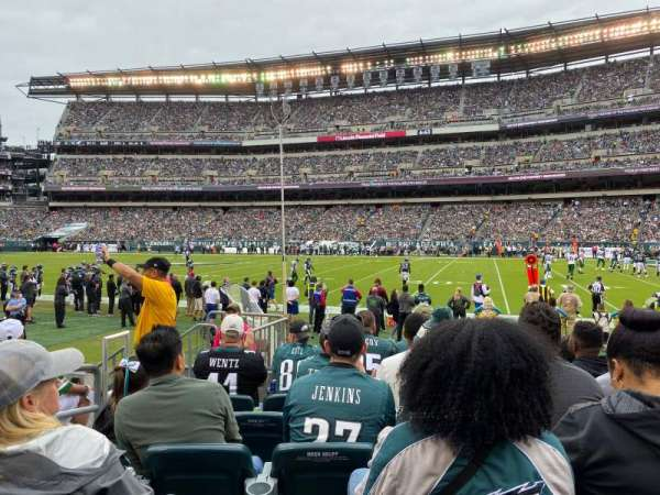 Lincoln Financial Field, sección: 104, fila: 6, asiento: 16
