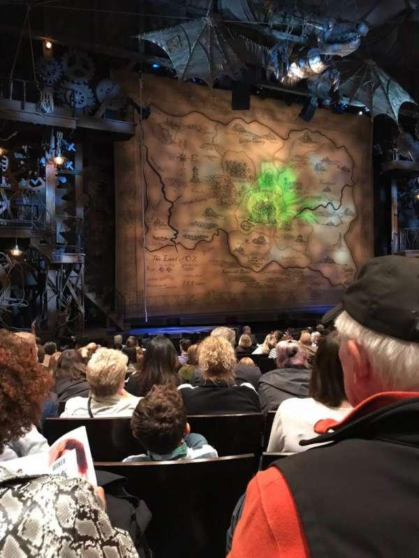 Gershwin Theatre, sección: Orchestra L, fila: K, asiento: 13