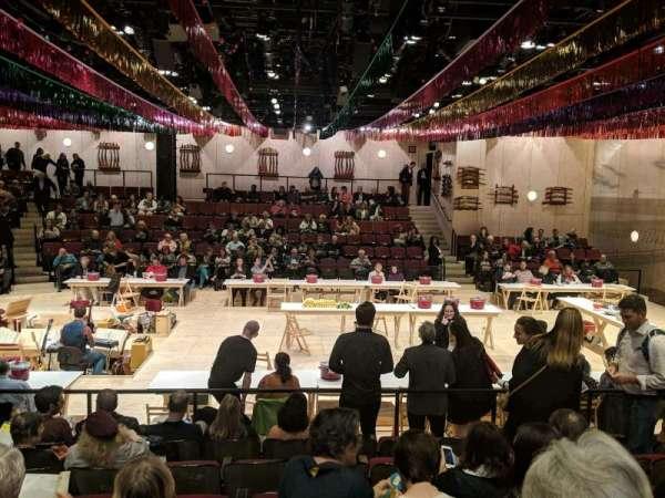 Circle in the Square Theatre, sección: Orchestra 200 (Even), fila: G, asiento: 232