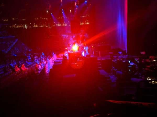 TD Garden, sección: Loge 20, fila: 10, asiento: 9