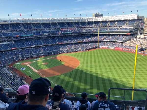 Yankee Stadium, sección: 409, fila: 6, asiento: 2
