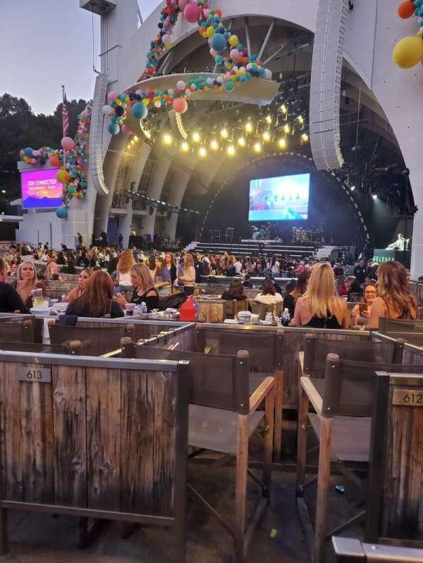 Hollywood Bowl, sección: Garden Box 711, fila: 1, asiento: 1-4