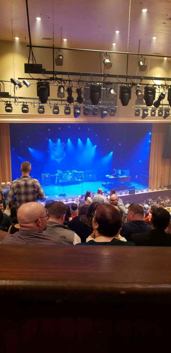 Ryman Auditorium, sección: Bal-14, fila: P, asiento: 2