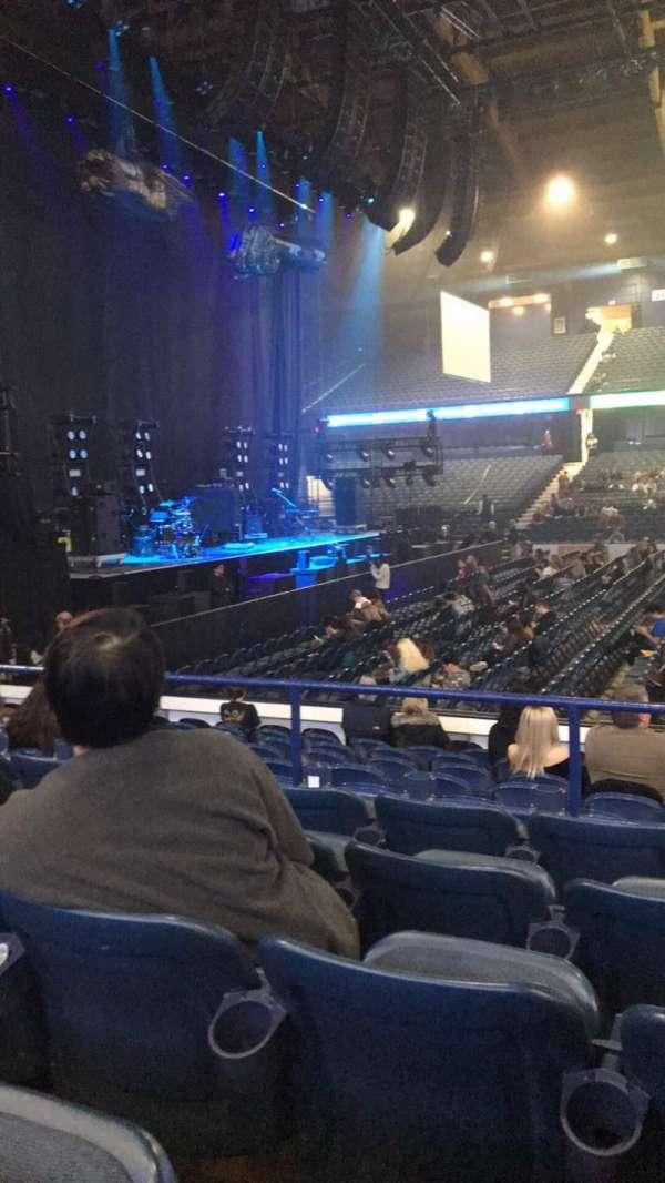 Allstate Arena, sección: 103