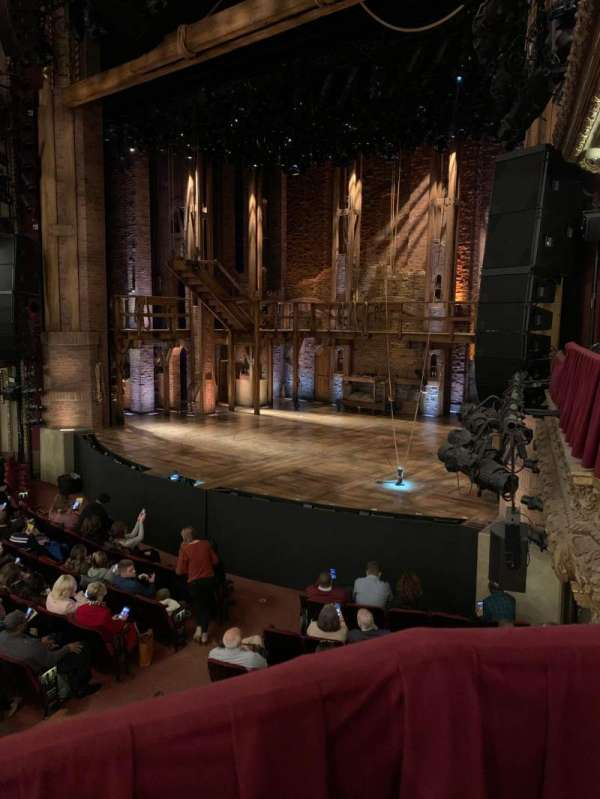 CIBC Theatre, sección: Dress Circle Box 2, fila: BX2, asiento: 204
