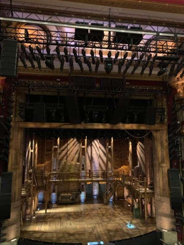 CIBC Theatre, sección: Mezzanine LC, fila: D, asiento: 305