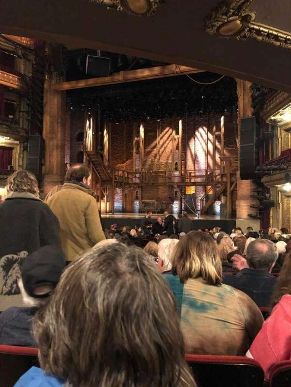 CIBC Theatre, sección: Orchestra R, fila: U, asiento: 2