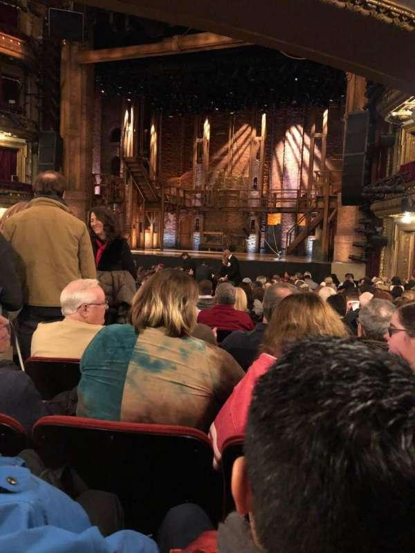CIBC Theatre, sección: Orchestra R, fila: U, asiento: 4