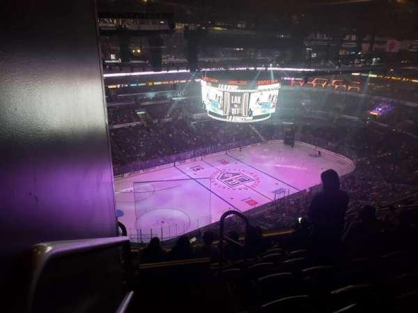 Staples Center, sección: 304, fila: 15, asiento: 25