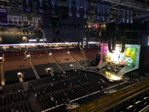 Scotiabank Arena, sección: 322, fila: 1, asiento: 16