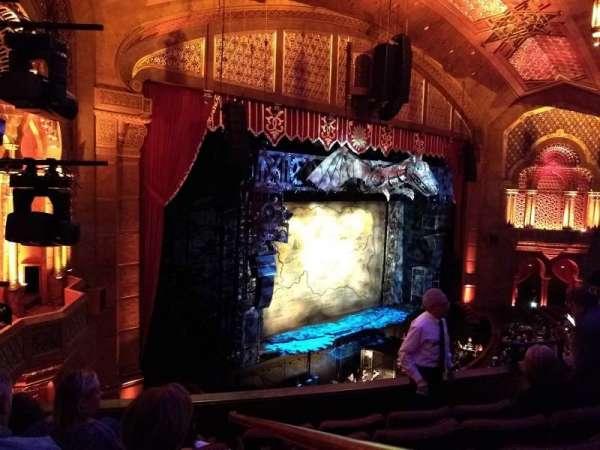 Fox Theatre (Atlanta), sección: Loge Left F, fila: EE, asiento: 41, 43