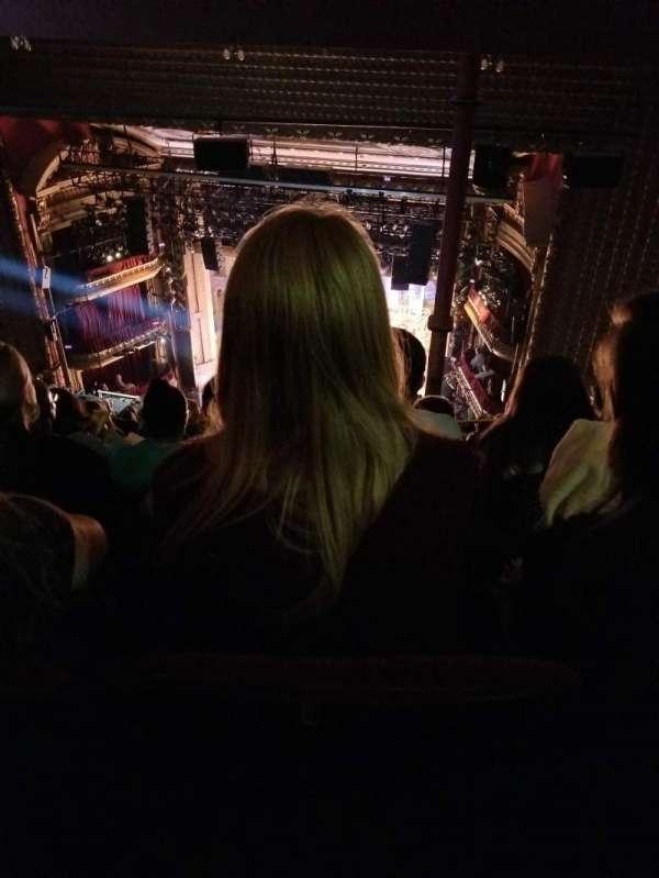 CIBC Theatre, sección: Balcony R, fila: Q, asiento: 422