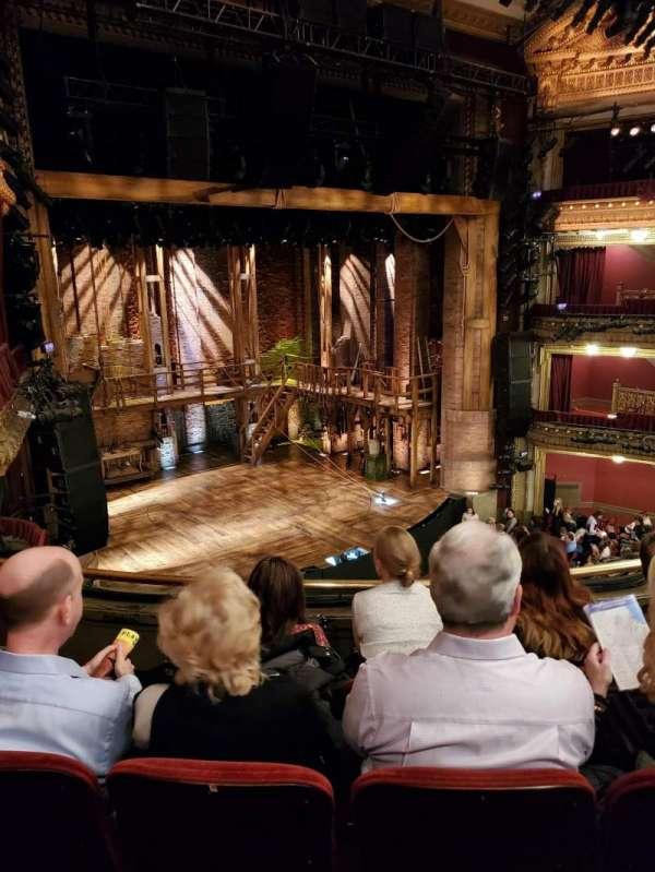 CIBC Theatre, sección: Mezzanine L, fila: D, asiento: 13