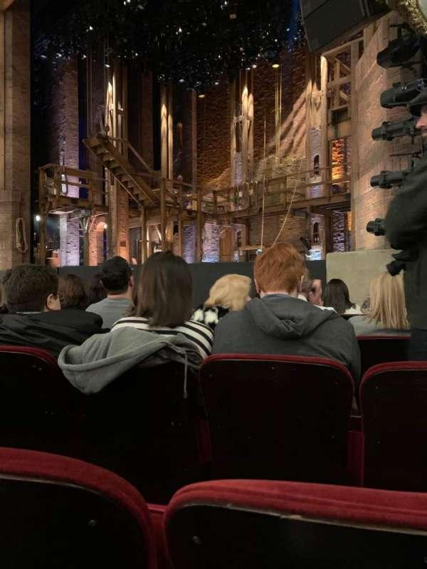 CIBC Theatre, sección: Orchestra R, fila: G, asiento: 16