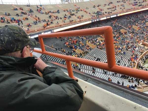 Neyland Stadium, sección: EE, fila: 1, asiento: 31