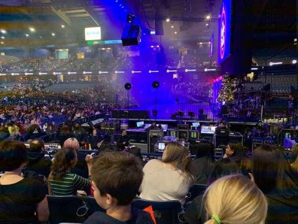 Allstate Arena, sección: 109, fila: E, asiento: 11