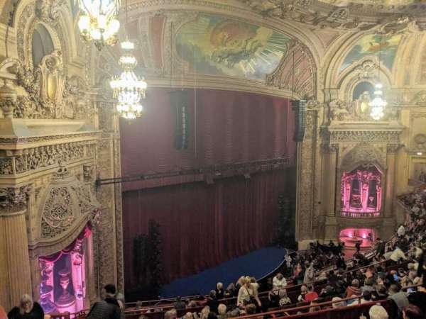 Chicago Theatre, sección: Balcony Box 6, asiento: 47and49