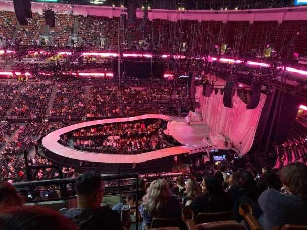 Honda Center , sección: 432, fila: L , asiento: 13